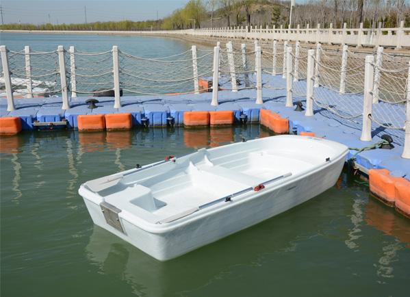 330手划船