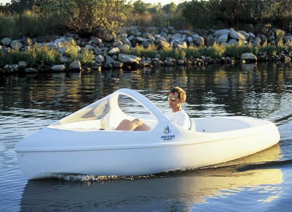 380脚踏船